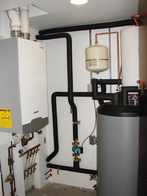 Custom Solar - Solar Domestic Hot Water System